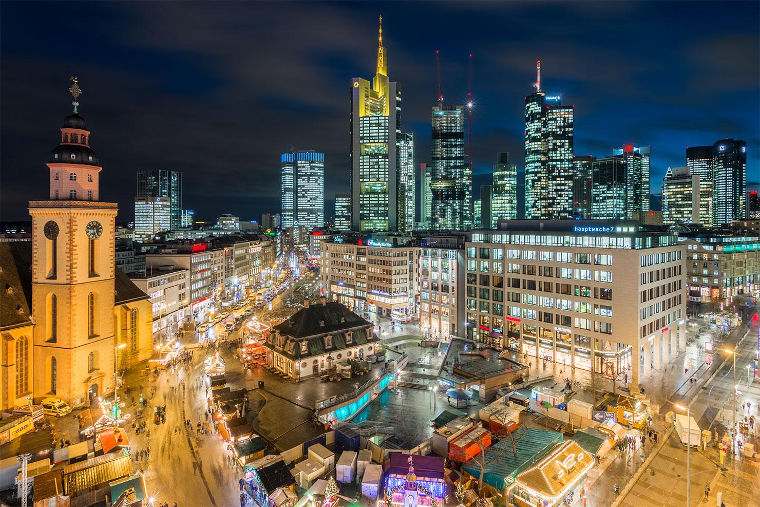 Frankfurt Hauptwache blaue Stunde Weihnachten