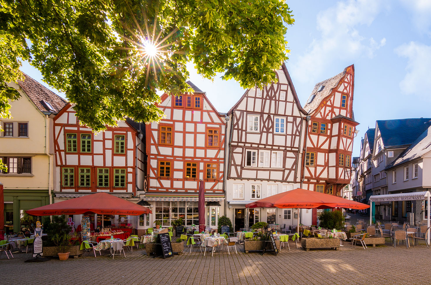 Limburg Lahn Altstadt Bischofsplatz Sommer