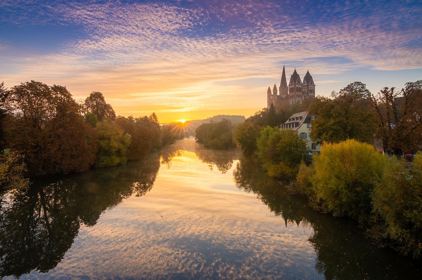 Limburg Herbst Sonnenaufgang Dom