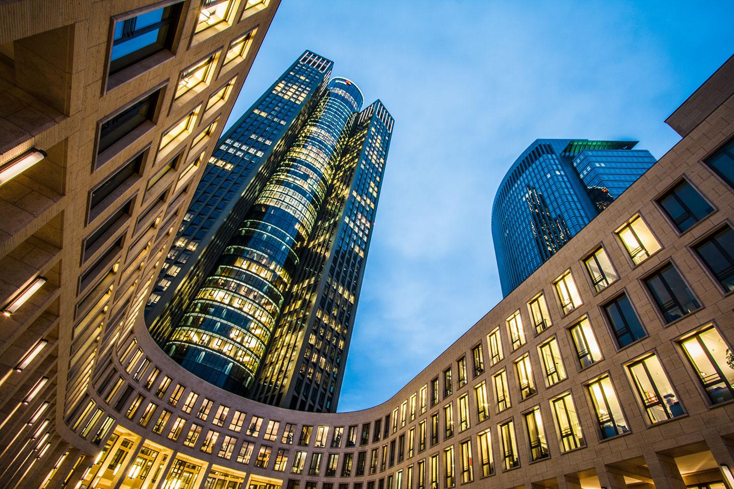 Tower 185 Frankfurt Nacht