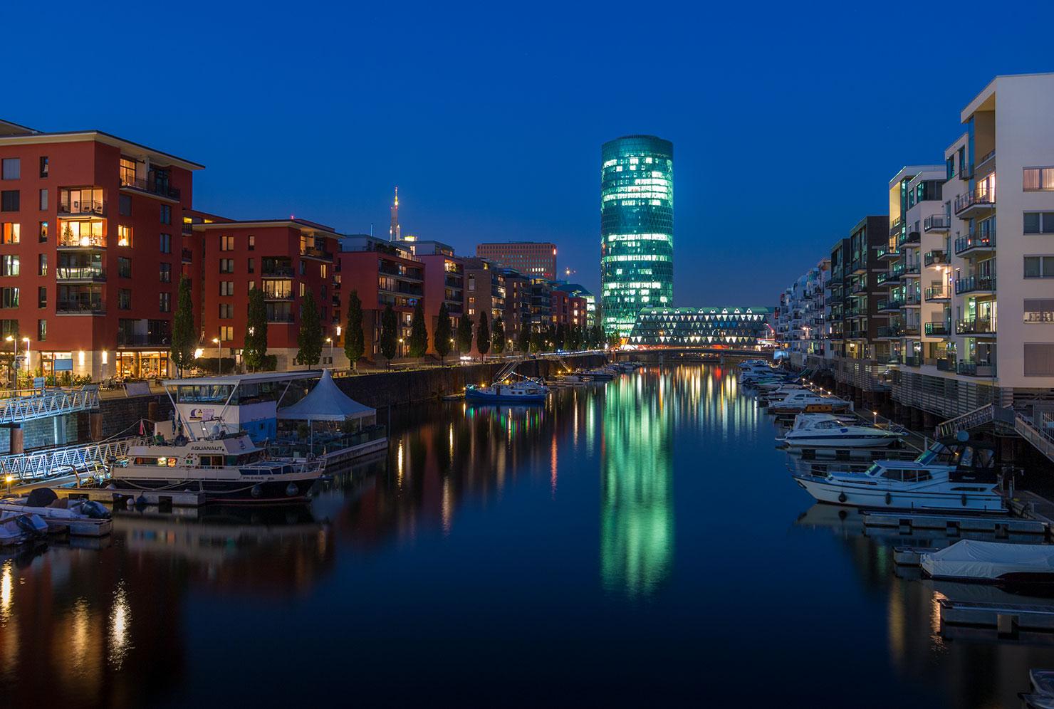 Frankfurt Westhafen Nacht