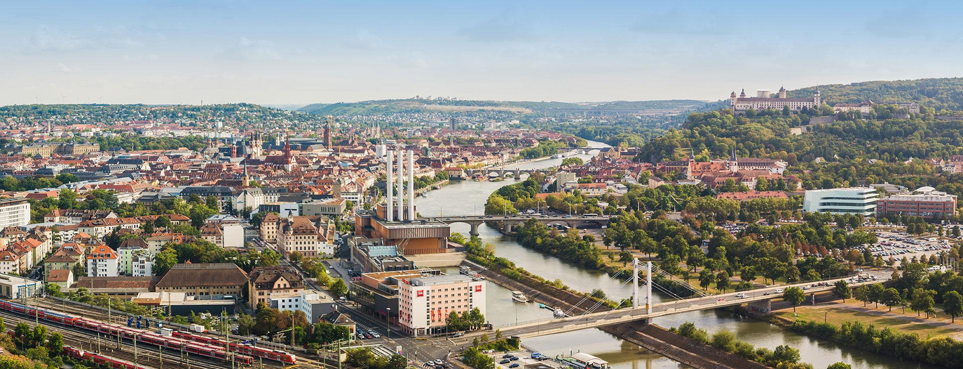 Panorama Blick auf Würzburg Stadt Franken